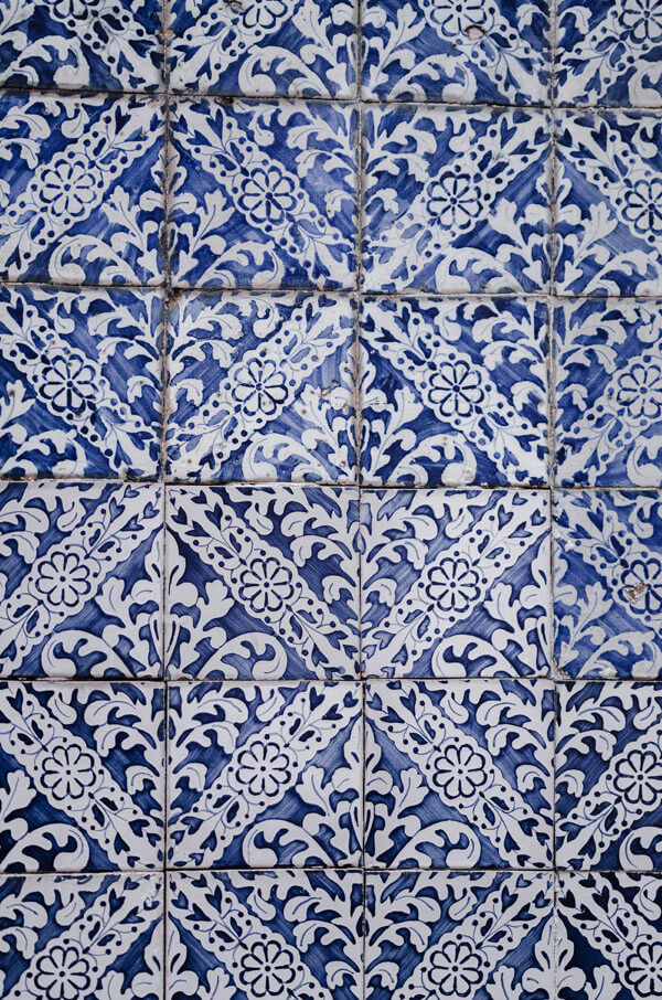 The art of tiles on firsthand
