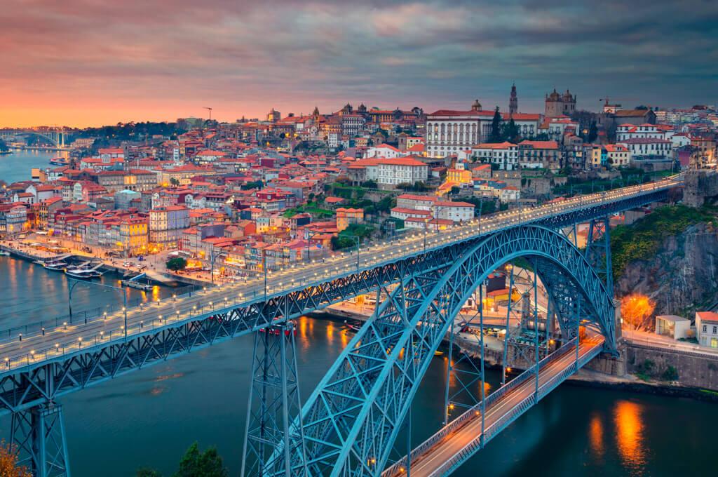 Don Luis I Bridge, Porto. Portugal